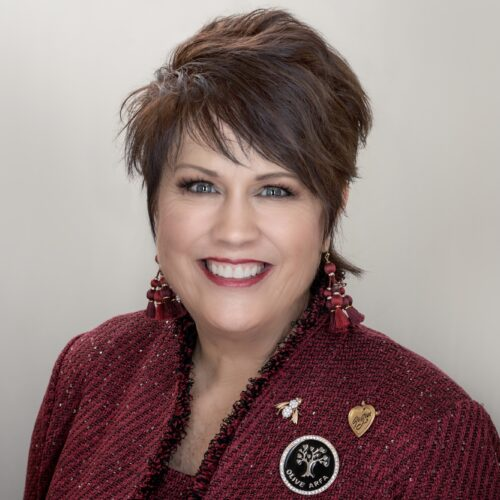 Kathy Oliveira